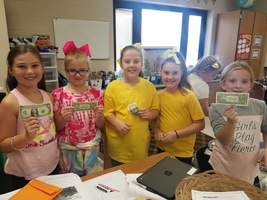 Mrs. Roberts' Class Turns Lemons into West Bucks